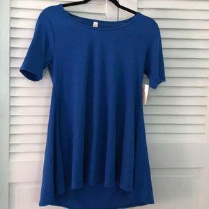 A blue luluroe perfect shirt